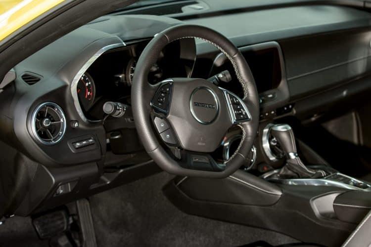 chevrolet camaro cockpit